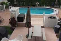 Pool & Grill area