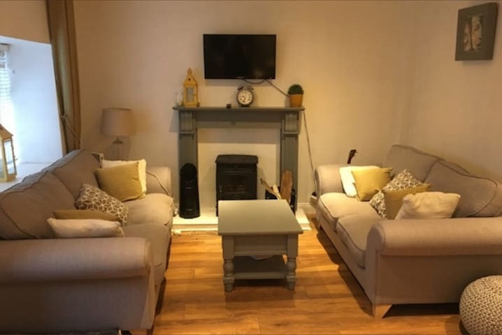 Newly renovated townhouse in central Thurles
