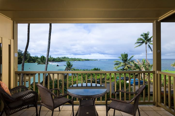 #102 Kaumaka - Hana Kai Maui Ocean View Studio
