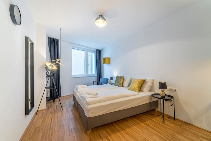 Cosy and Modern Apartment @ Central Station