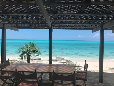 Tropical Paradise at Shannas Bay, Cat Island