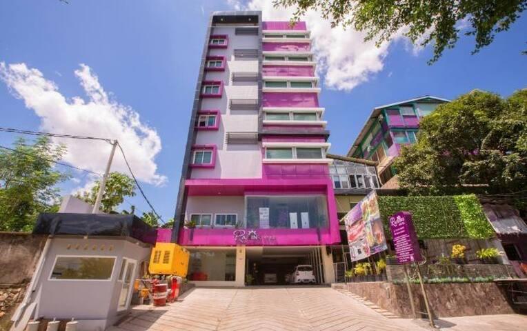Raising Hotel Makassar - BEST PRICE