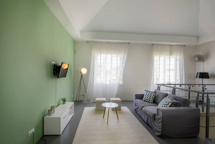 Spacious loft apartment in Pietermaai