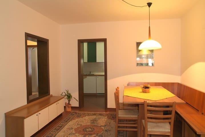 Appartamento nr. 2 con 5 + 1 posti letto