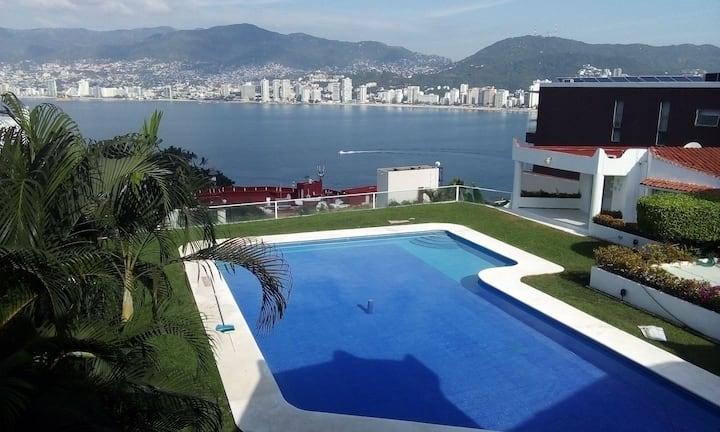 Villa Espiral del Mar, la Mejor Vista a la Bahía