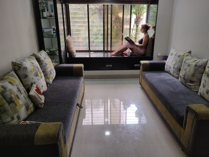 Safe Private accomodation for Ladies in Malad West