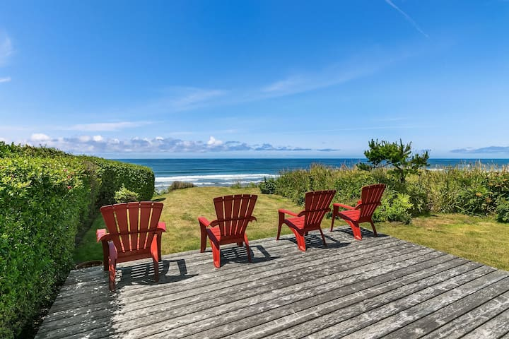The Pilot House - Classic oceanfront home, Make family memories here