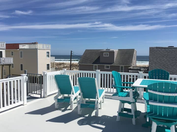 Amazing Beach Views-Family Friendly House