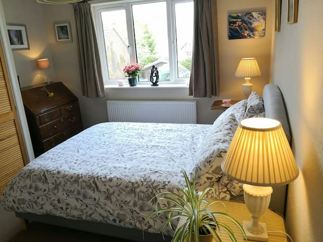 Spacious Private Access Annexe & Quality Breakfast
