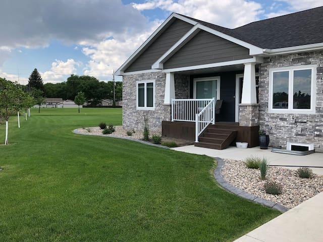 Large Family Home in Great Neighborhood