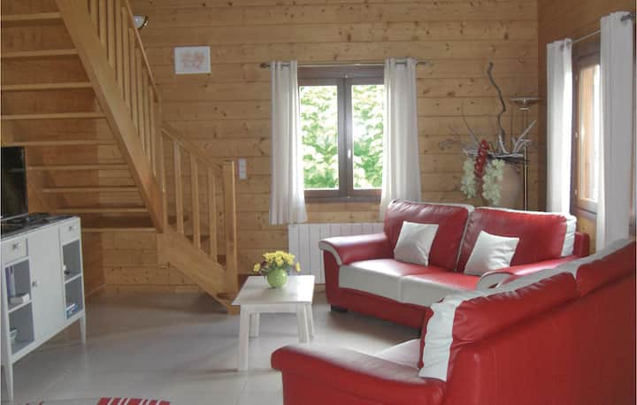 Nice home in Sceau St. Angel with WiFi and 3 Bedrooms