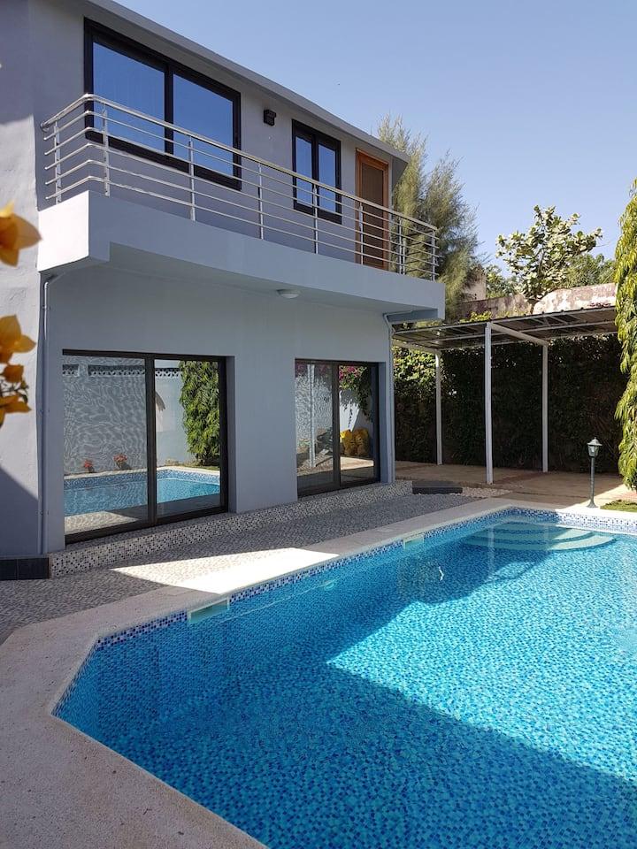 Villa Fifty Shades Saly - 5 mn a pied de la plage