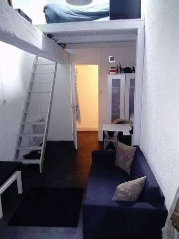 Je loue mon canapé lit dans mon studio - Marseille - Loft
