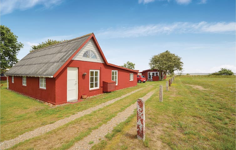 Holiday cottage with 1 bedroom on 78m² in Rømø