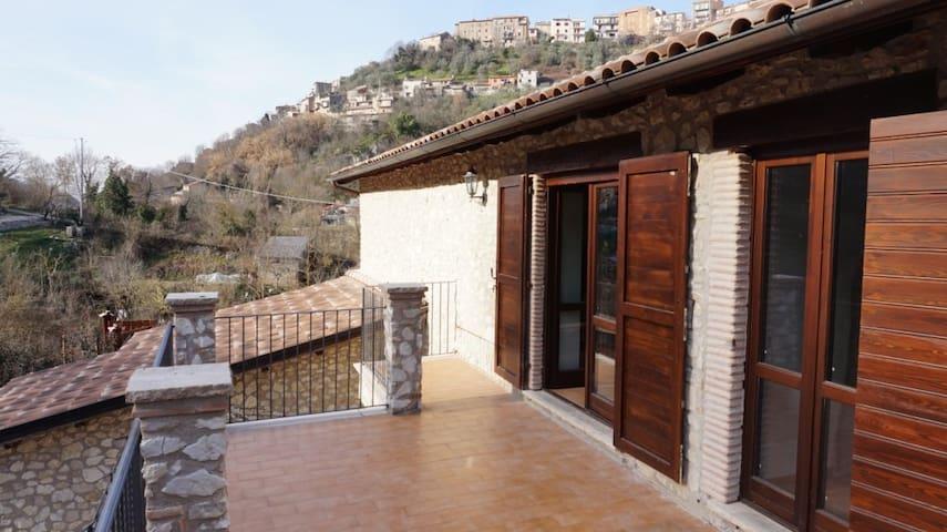 Antica Casa in pietra Country House - Poggio Moiano - Rumah