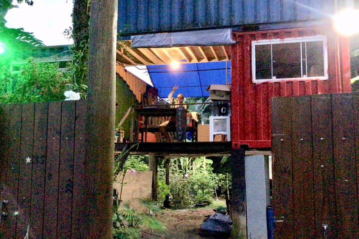 Dom Eco Hostel Containers - Suíte Maresias