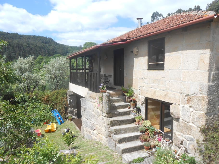 Casa em quinta organica na montanha maisons louer - La maison monte na comporta au portugal ...