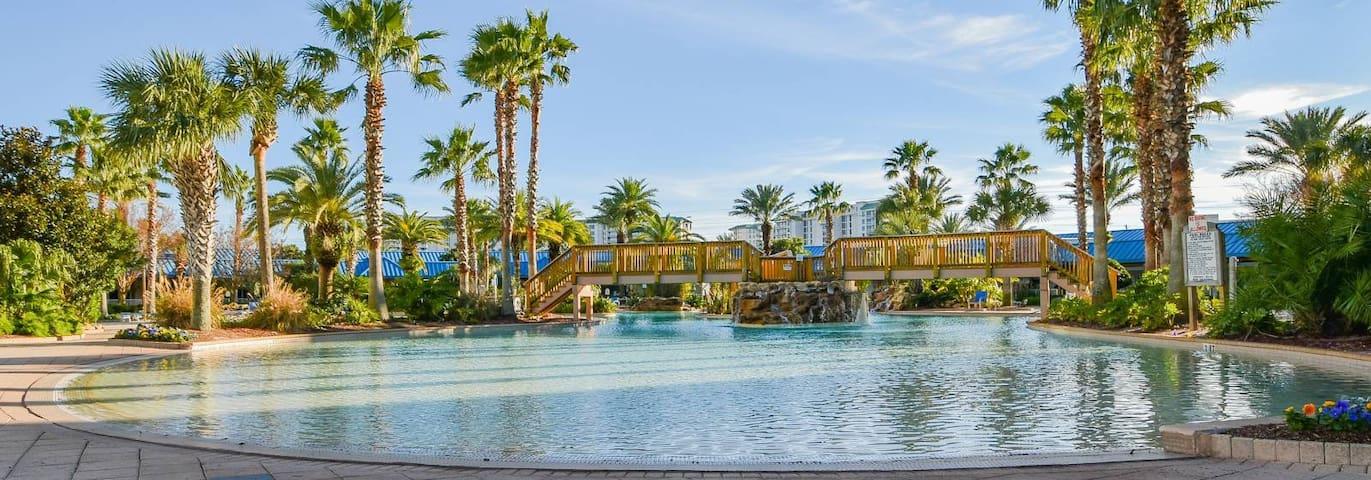 Destin Escape-Resort Heated Pool & HOT TUB-Gym