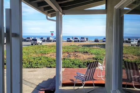 Full Ocean View Cottage!HotTub AquariumPassesBikes