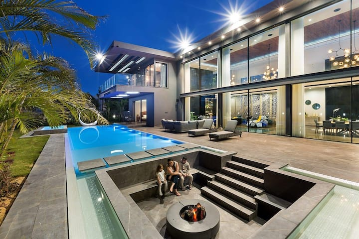 Fireplace villa