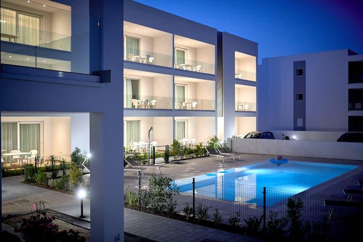West Village Appartamento 12 - NUOVO con piscina