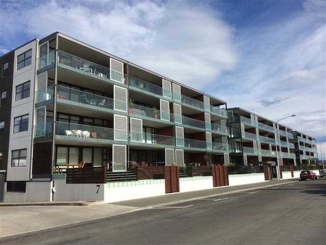 Ahuriri - Top floor luxury apartment - Napier - Lägenhet