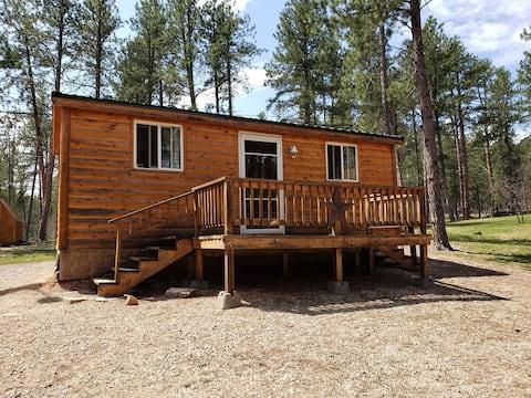 Black hills cabin between Sturgis and Deadwood