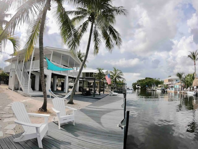New! Key Largo canal front home with ramp & dock!