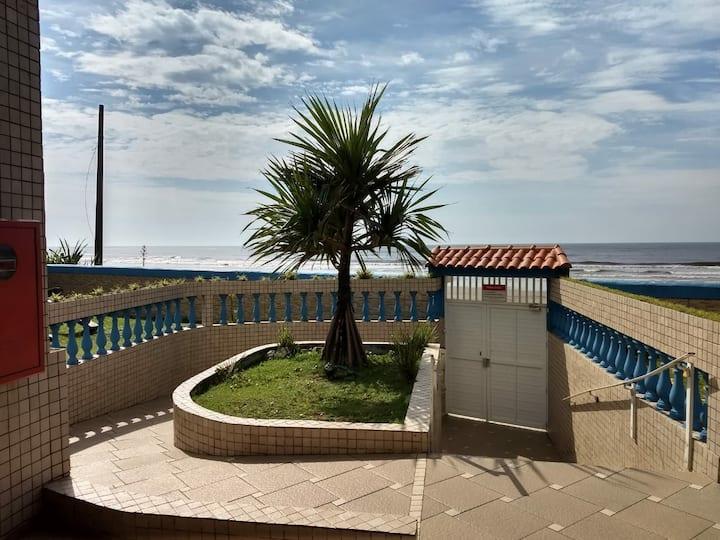 Relaxar é no apto Pé e Alma na areia e marzão...