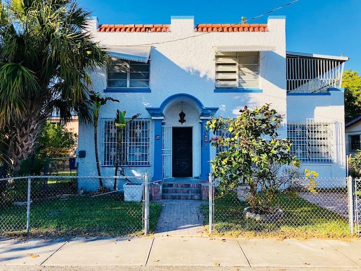 Cheap Central location in Miami. Allapatah.