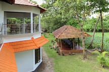 Love Dale LakeSide HomeStay room 1