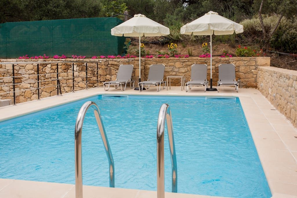 35 sqm Private Pool with Sea Salt Technology, not Chlorium!