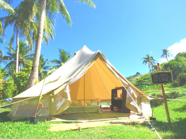 Glamping in Paradise!
