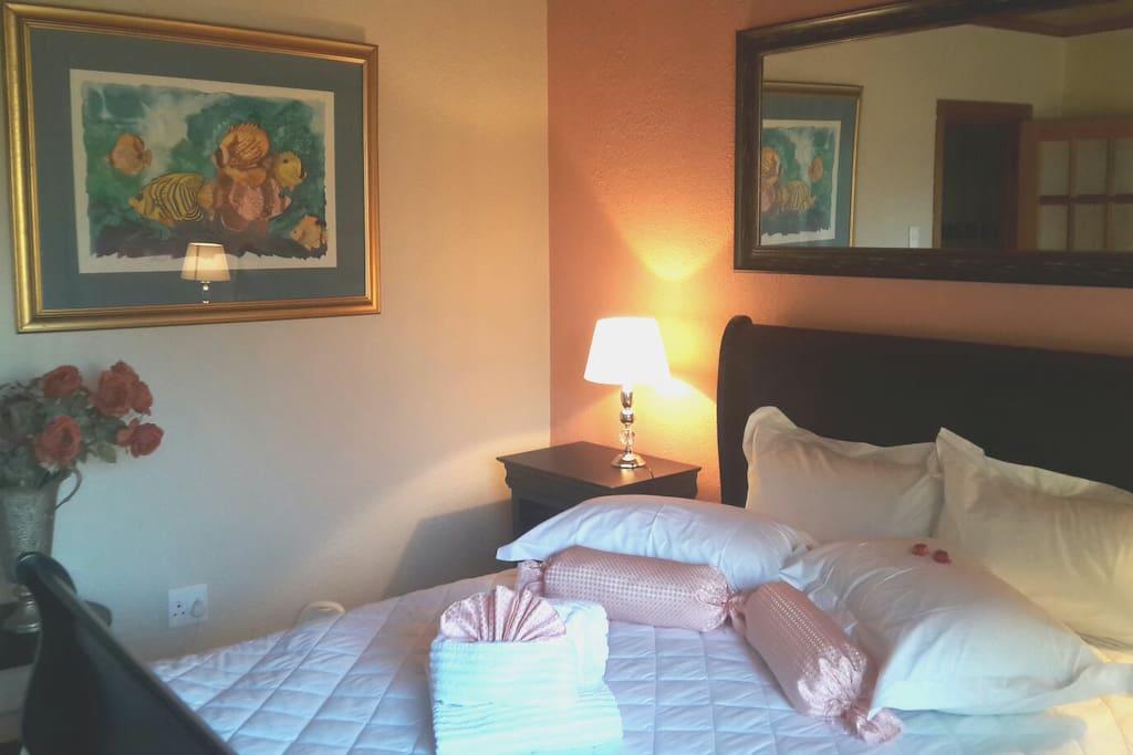 Rosemary Room Honeymoon  suite