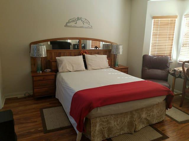Bright, Master Bedroom/Bath Combo