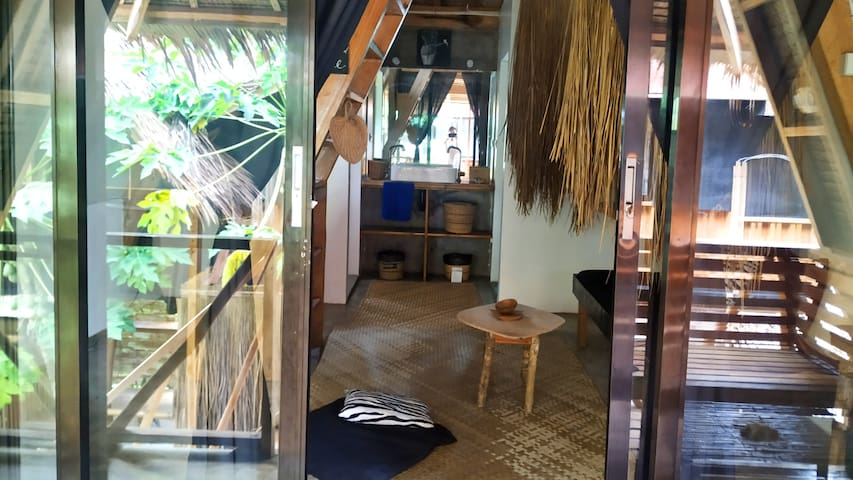 Tarzan's Loft (Seaview)