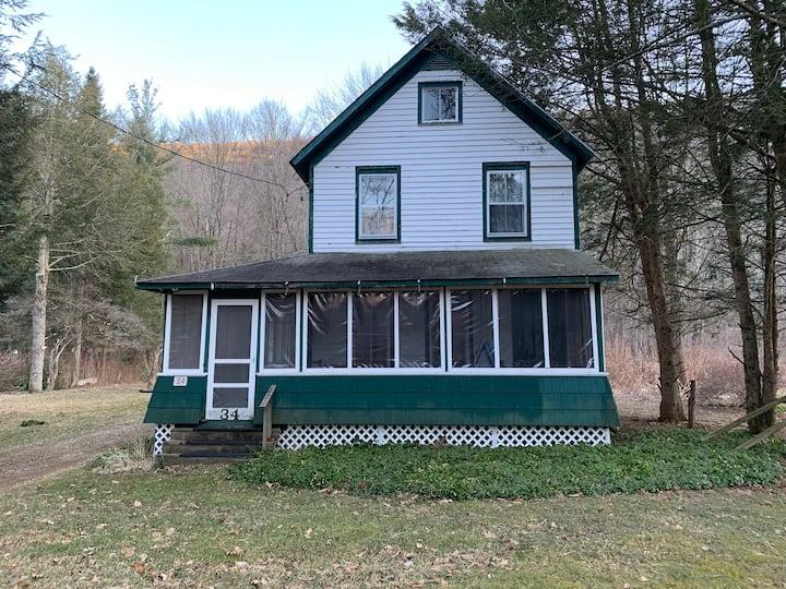 Sweet Spring Cottage