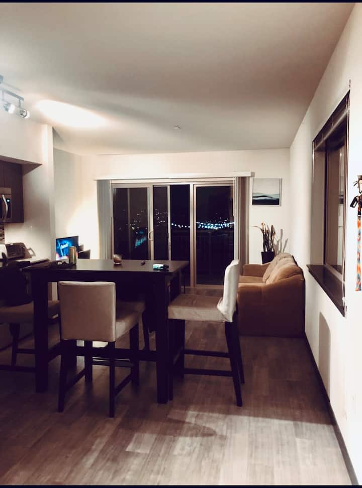Modern style 1BED apartment Bellevue NEW