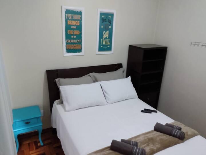 Excelente apto 2 dormitórios no Centro da cidade