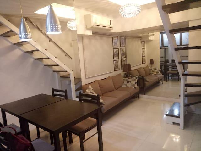 PRIVATE BEDROOM W/CR (AC + WIFI) Taft Ave. Manila