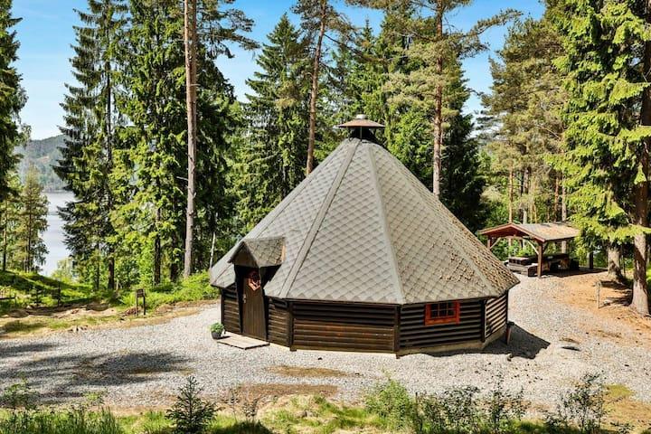 Fantastisk Skogs Lavvo - Festplass FURUHOLMEN