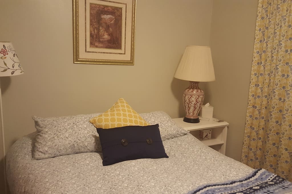 Cozy, comfortable bedroom.  Extra pillows/bedding. USB and iron.
