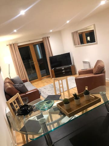 QUAYSIDE ⭐ NEWCASTLE SERVICED APARTMENT ⭐ GREAT ACCESS TO THE CITY & NIGHTLIFE