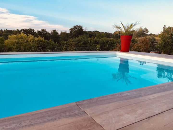 Villa avec piscine chauffée proche Toulouse