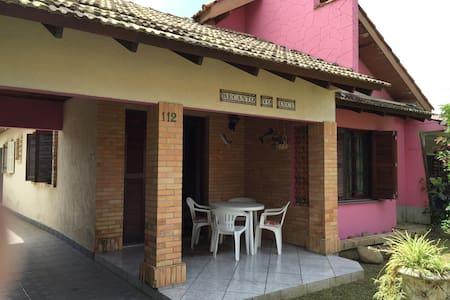 Casa confortavel em área silenciosa - Imbé - Casa