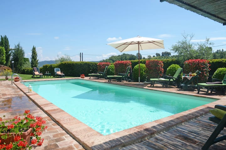 Typical Tuscan villa with swimming pool