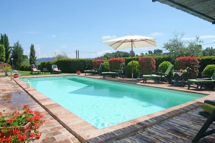 Casa Baiocco-Tuscan villa with swimming pool
