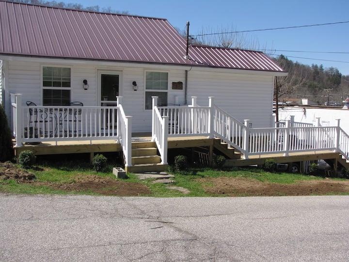 Danville - Ivy Branch Cottages