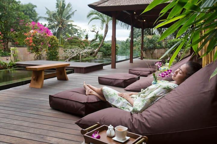Ubud Luxury Boutique Villa by Mason Adventures