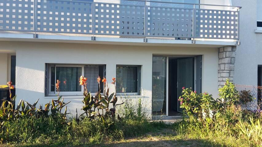 STUDIO indépendant, à proximité du centre ville - Lagord - Apartemen